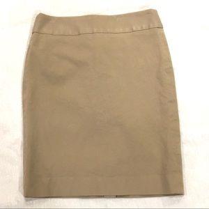 Banana Republic khaki twill mini skirt size 8